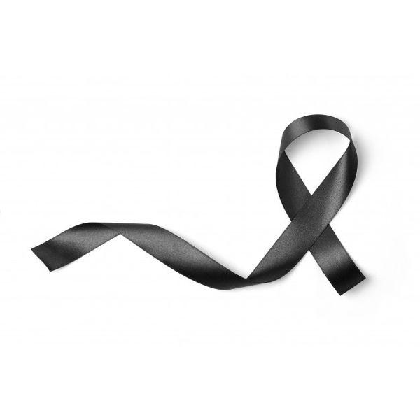 Imágenes de Luto y Duelo para dar pésame y condolencias. Lazos, moños, listones, insignia, señal, símbolo, signo, logo, cintillo, cinta grande, fondos negros.